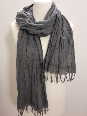 Modischer Schal von OPUS