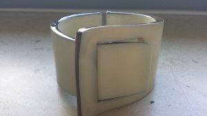 Modisches Armband aus Kunststoff