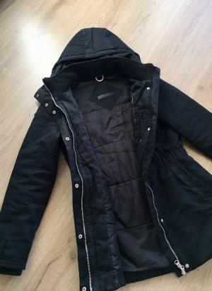 Modström Winterparka Mantel in schwarz Gr. S 36 aus 100% Baumwolle mit Thinsulate