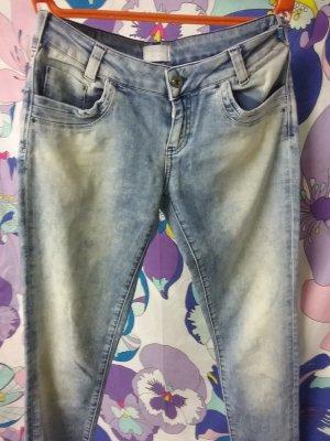 Mötivi Italienische Designer Jeans