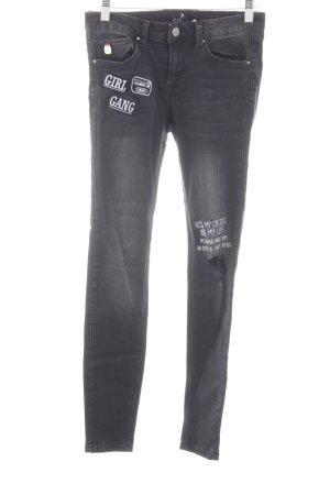 Mohito Stretch Jeans hellgrau-schwarz Schriftzug gedruckt Casual-Look