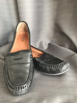 0039 Italy Moccasins black
