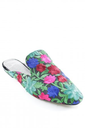 Moccasins floral pattern romantic style