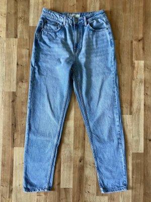Mom Jeans in Größe W28L32