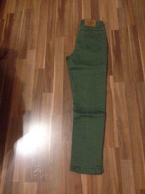 Mom mum Karotte Highwaist unfit Jeans Denim oliv grün Trend 2017 Blogger