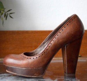 Moma Pumps aus Italien, Größe 39, Braun, echtes Leder