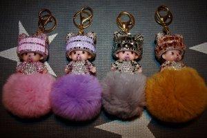 Monchichi in mehreren Farben