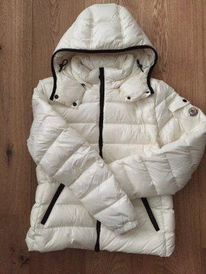 Moncler Bady - tolle feminine Winterjacke