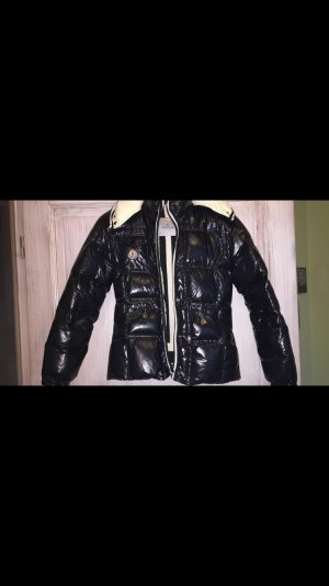Moncler Daunen Jacke zu verkaufen