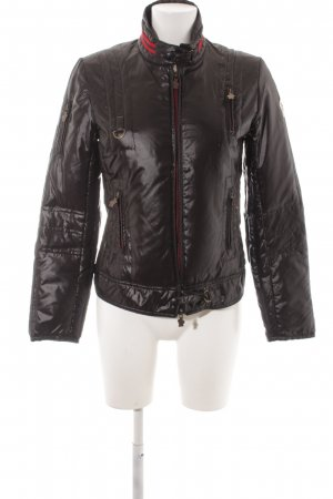 Moncler Daunenjacke schwarz-rot Steppmuster sportlicher Stil