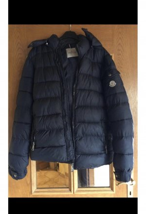 the best attitude 4dc66 4388d Moncler Jacke