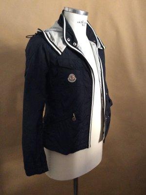 Moncler Jacke dunkelblau/weiß Gr. 36