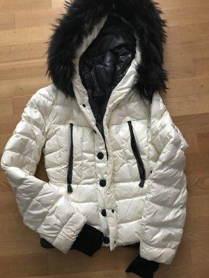 Moncler Jacke Größe 2