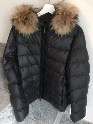 Moncler Jacke schwarz mit Fell