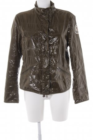 Moncler Kurzjacke dunkelgrün Street-Fashion-Look
