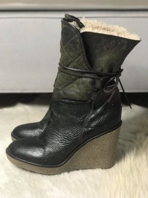 Moncler Lammfell Wedge Boots