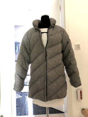 Moncler Abrigo de plumón gris