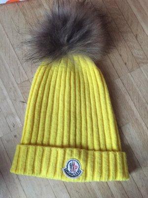 Moncler Mütze gelb wolle Pelz Fell Bommel