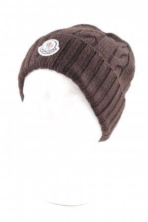 Moncler Sombrero de punto marrón look casual