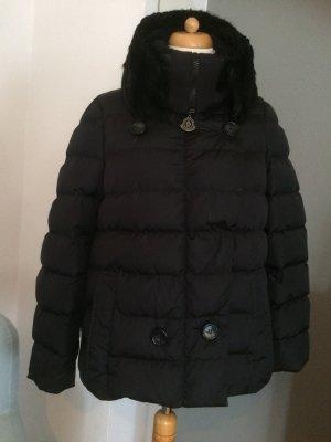 Moncler traumhaft schöne Winter Jacke schwarz Größe 4/40