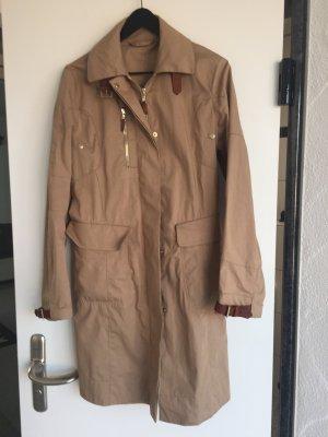 MONCLER Trenchcoat in beige mit tollen Details