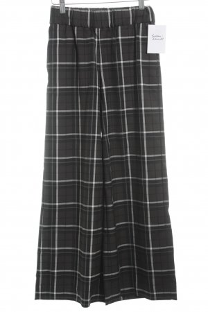 Monki Culottes Karomuster Street-Fashion-Look