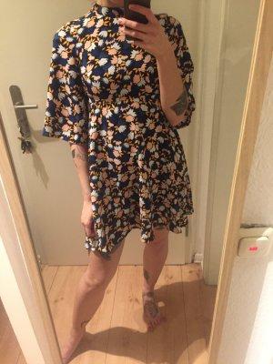 Monki gemustertes Kleid Tunika Turtleneck