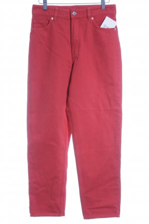 Monki High Waist Jeans rot Street-Fashion-Look