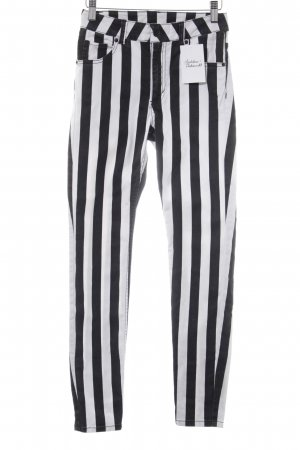Monki Skinny Jeans weiß-schwarz Streifenmuster Street-Fashion-Look