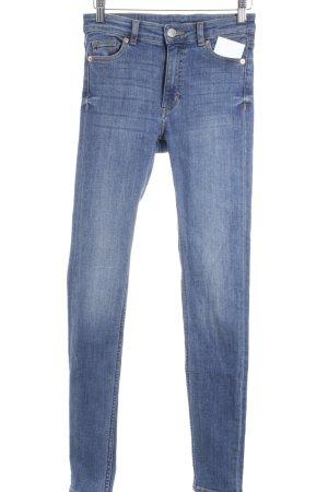 Monki Slim Jeans stahlblau schlichter Stil