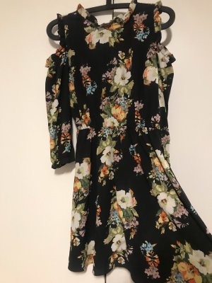 Monteau Floral Antique style dress