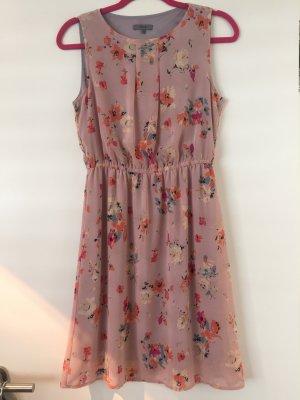 Montego Kleid Flieder mit Blumenprint Größe 36