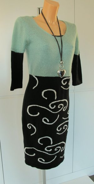 MOOVY Kleid Strickkleid M/L 36-40 STIEFEL KLEID Wolle Kaschmir Made in ITALY