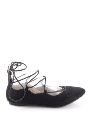 Moow Ballerinas with Toecap black casual look