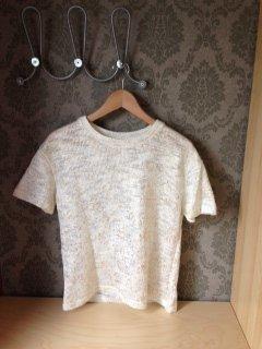 Mordernes Strick-T-Shirt mit Goldglanz