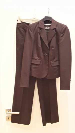More & More Suit brown polyester