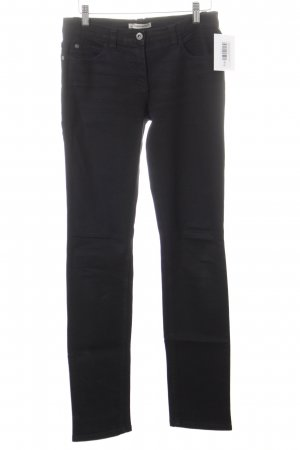 More & More Slim Jeans schwarz Street-Fashion-Look