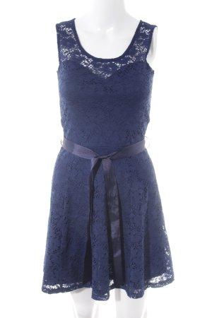 Morgan Spitzenkleid dunkelblau Blumenmuster Party-Look