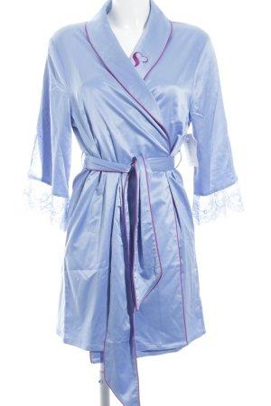 Badjas azuur-magenta lingerie stijl