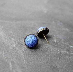 Zarcillo color bronce-azul metal