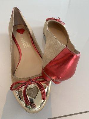 Moschino Ballerinas in 36