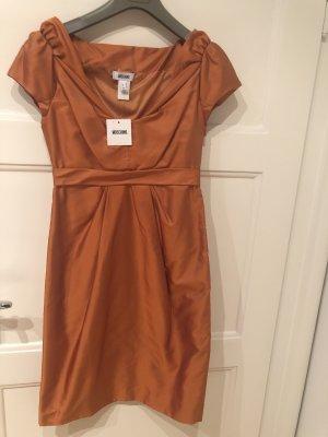 Moschino Kleid aus Seide