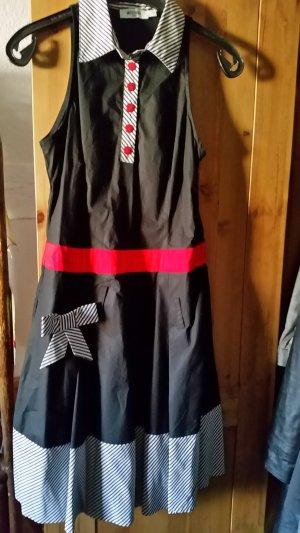 Moschino Kleid im 50er Stil