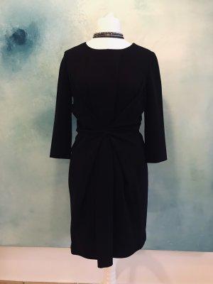 MOSCHINO Kleid in Größe 38 in klassischem Schnitt