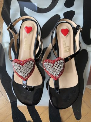 Love Moschino High-Heeled Toe-Post Sandals black-red leather