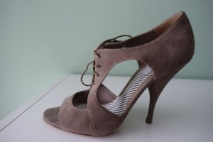 MOSCHINO Schuhe, aus taubengrauem Rauhleder, süße Cutouts & Schnürung, in Gr. 40