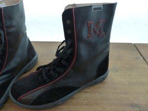 Moschino Stiefel in schwarz-rot
