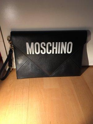 Moschino Tasche Clutch schwarz mit weißem Schriftzug neu mit Staubbeutel
