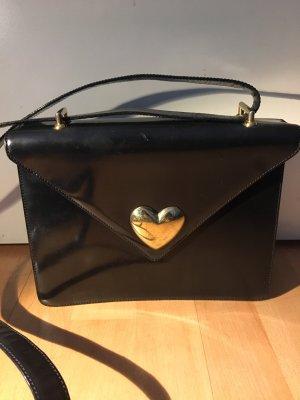 Moschino Tasche Schultertasche schwarz Lackleder goldenes Herz