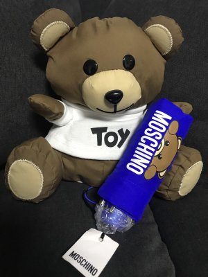 Moschino Teddy Neu Mit Regenschirm